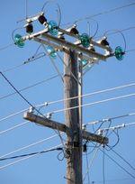 631890_utility_pole_2